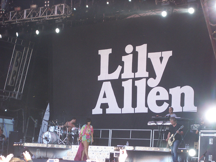 Lilly Allen Retouching - Before